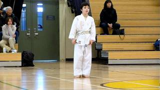 Shotokan White To Yellow Belt Test: Heian Shodan | Winnipeg Karate for Kids | Shihan Woon-a-tai 2012