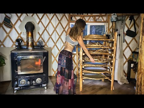 Living Off Grid | Drying Food - Building a Dehydration Rack with Forest Wood - Ep. 68