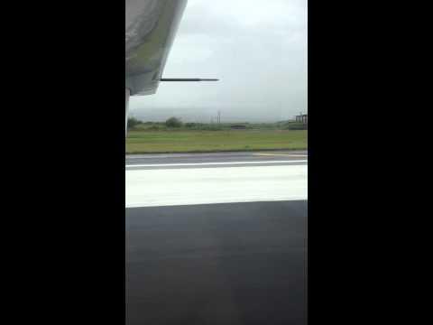 Mokulele Airlines Caravan take off from Maui
