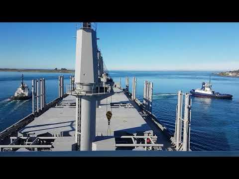 Handie Bulker departing Bluff Harbour 2017
