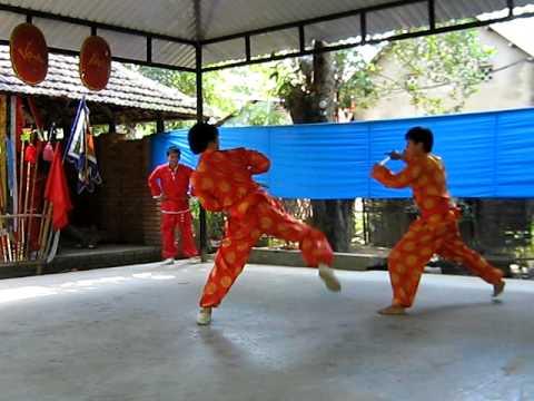 VÕ KINH VẠN AN ( biểu diễn ở Phú Mộng)
