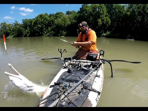 GARgantuan- Kayak Fishing for Alligator Gar