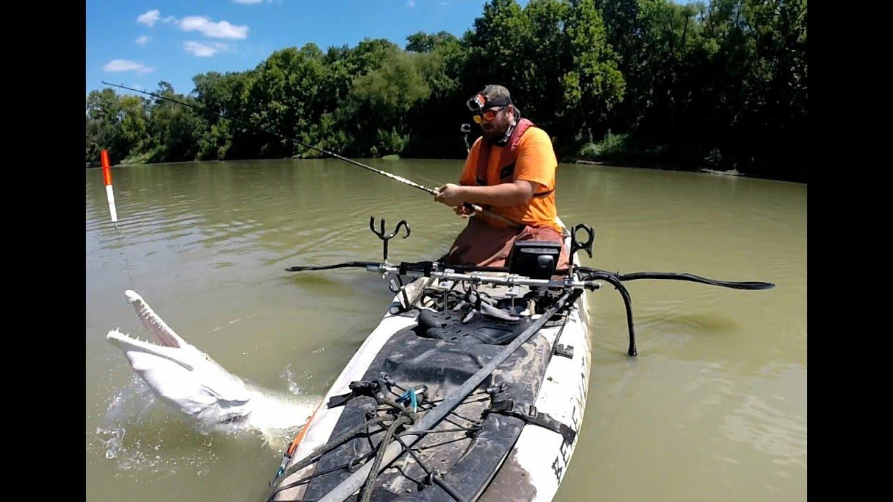 Gargantuan kayak fishing for alligator gar youtube for Youtube kayak fishing
