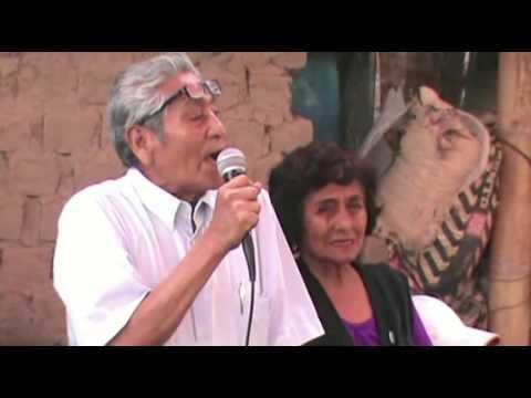 el Ingeniero Hugo Espino Altamirano regalo chocolatada en el Pueblo Joven Tepro Ecologico