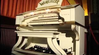 I saw mummy kissing Santa Claus - Wurlitzer Organ
