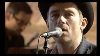 The Good, The Bad & The Queen - 02 - 80's Life (Live at St. Denis)