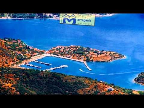VILLA for sale in a small  Greek island