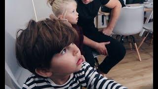 Kids zien voor het eerst hun baby zusje! 👶🏽 - VLOG #71