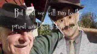 Tom Hat & Paper Borat performs Jokkmokk-Jokke