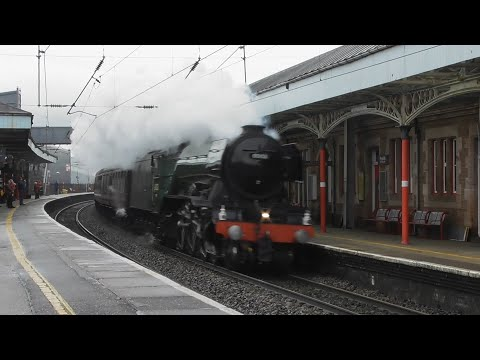 60103 Flying Scotsman Flies Through Penrith With The Christmas Dalesman 18/12/19