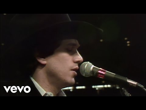 George Strait - Amarillo By Morning (Official Music Video)