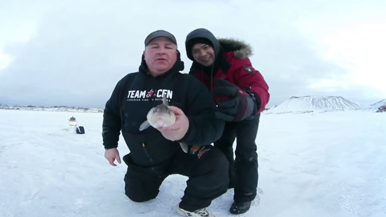 360 video ice fishing in canada virtual reality youtube for Virtual reality fishing