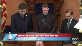 Sen. Colbeck welcomes Rev. Hovermale to deliver invocation at the Michigan Senate