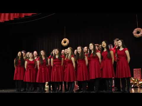 Staten Island school chorus rehearses for Radio City Music Christmas show