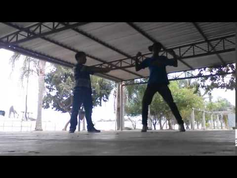 Hip Hop - Popping Robot e Krumping com Video Dance