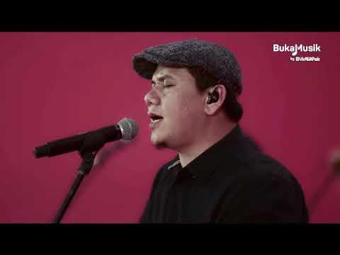 Padi Reborn - Semua Tak Sama (Live) | BukaMusik 2.0 by Bukalapak