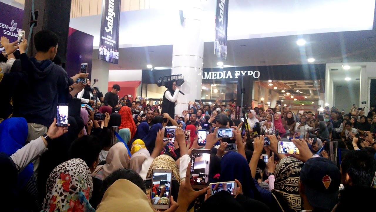 Yamaulana Sujud Syukur Nisaa Sabyan Crowded Youtube