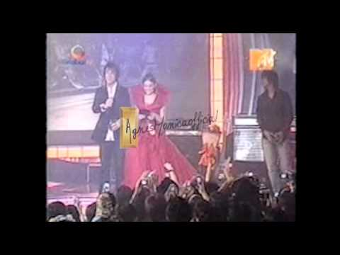 """Agnes Monica-Favorite Female Artist MTV Indonesia Award 2006"""