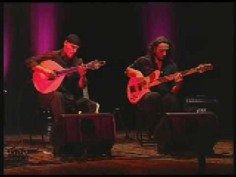 "AMAR GUITARRA: ""Libertango"" (A.Piazzolla) with portuguese guitar"