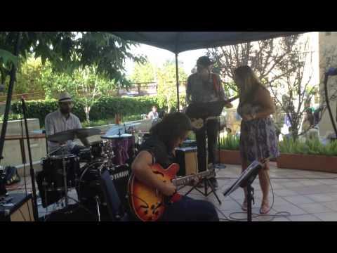 Afro Blue - Mongo Santamaria