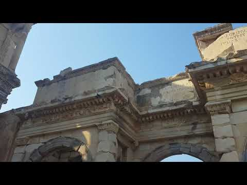 Celsus Library of Ephesus (Efes), Selcuk, Izmir, Turkey