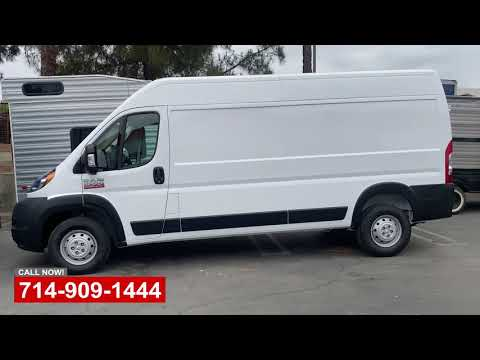 Dodge Ram 2500 Fleet Van Repair - OCRV Center - Yorba Linda - Видео онлайн