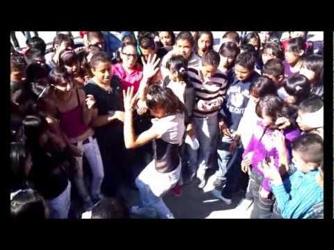 DanceHall en la secundaria tecnica 78 chimalhuacan convivio sonido stratus dj omaris (parte 3) Videos De Viajes