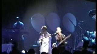 David Bowie - Under Pressure / The Heart`s Filthy Lesson (Shepherds Bush Empire - 12.08.1997)