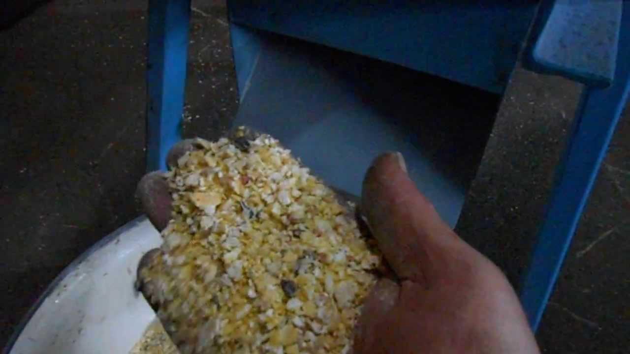 Как сделать плющилку зерна своими руками