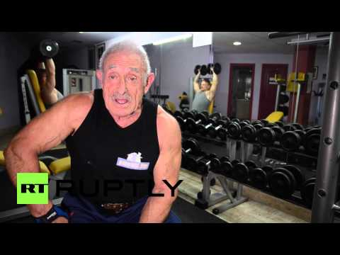 Spain: Meet the 72-year-old POWERHOUSE that can lift 200kg