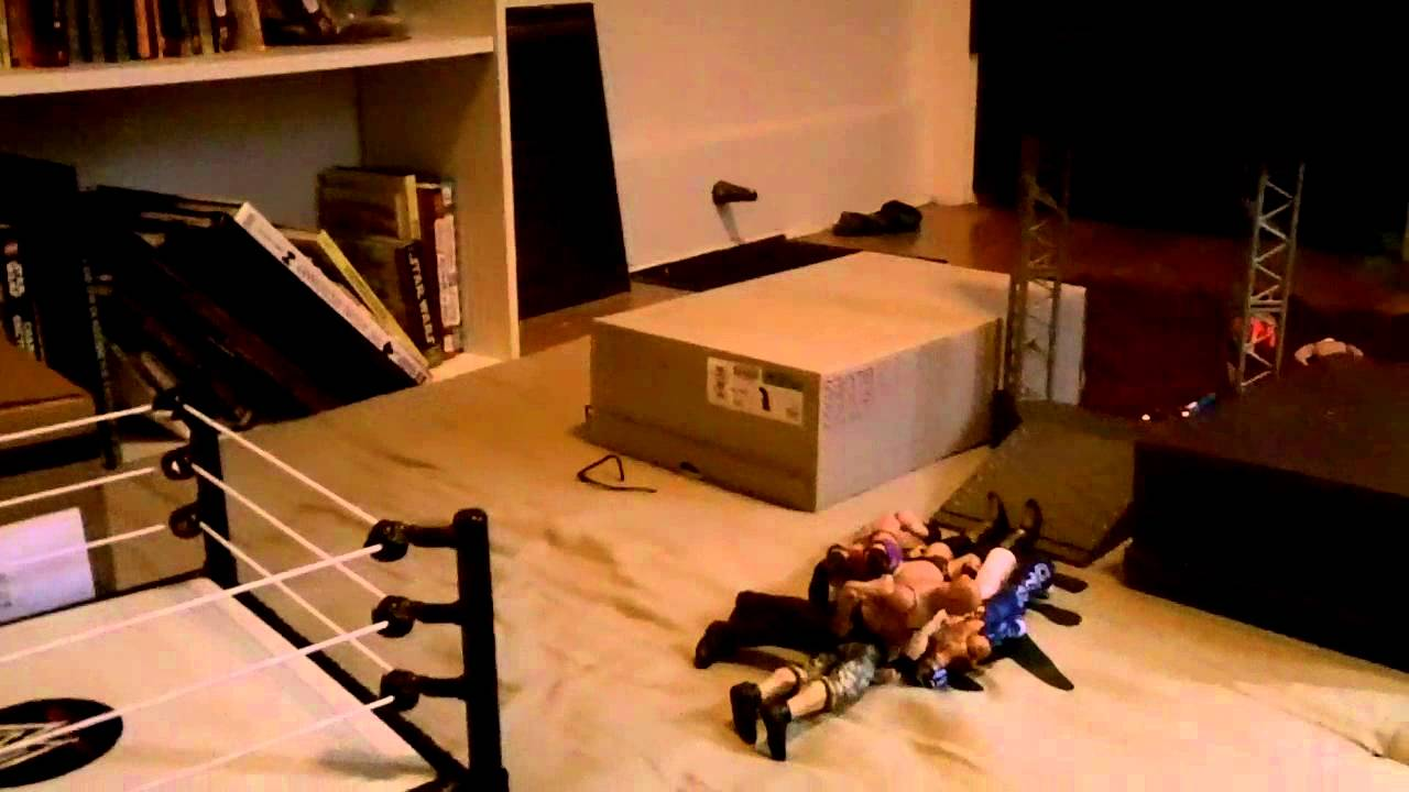 how to make a backstage for wwe figures