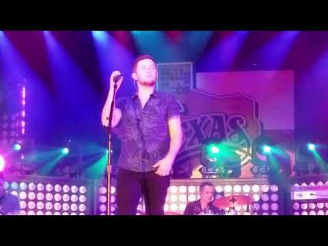 Scotty McCreery Five More Minutes 10.7.17 at Billy Bob's Texas