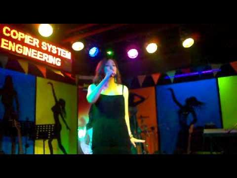 JESSA ZARAGOZA at PLATINUM MUSIC WORLD SINGAPORE