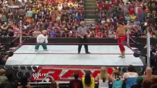 YouTube- Hornswoggle vs. Chavo Guerrero WWE RAW (HQ).mp4