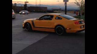 Mustang boss 302 revs up