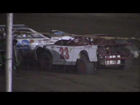 Hummingbird Speedway (9-10-16): Street Stock Feature
