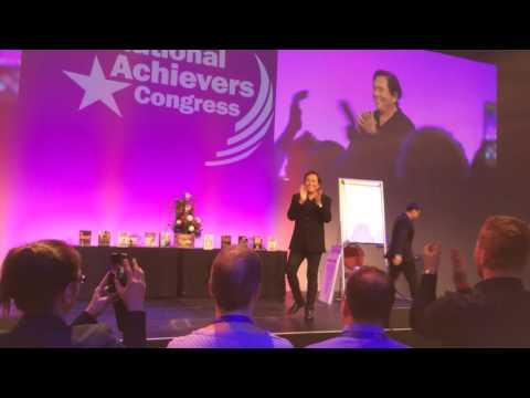 Robert Kiyosaki und Kim Kiyosaki Live in München 2016 (DEUTSCHLAND)
