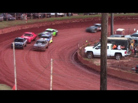 Winder Barrow Speedway Stock Eight Cylinders Feature Race 8/19/17