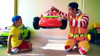 Dad and Senya staged a car sale. Senya and his funny stories