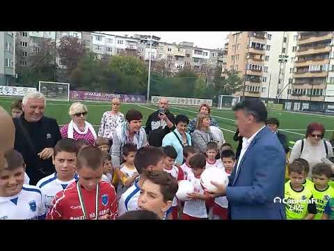 Ново игрище и футболен турнир зарадваха малчуганите в