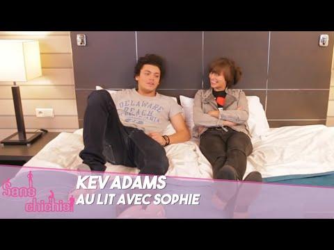 Kev Adams au lit avec Sophie