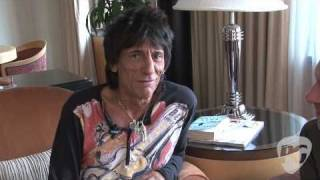 "Artist Interview - Ron Wood, ""I Feel Like Playing"""