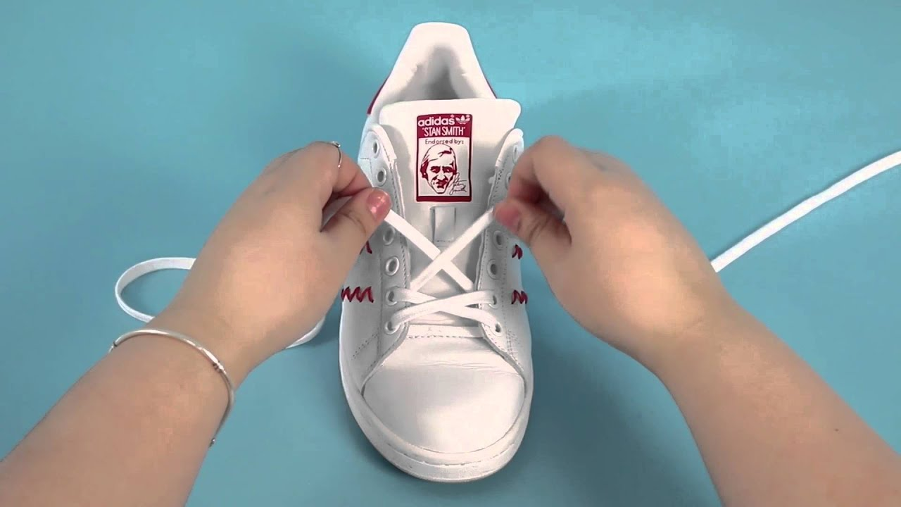 3 ways to tie your shoes - YouTube