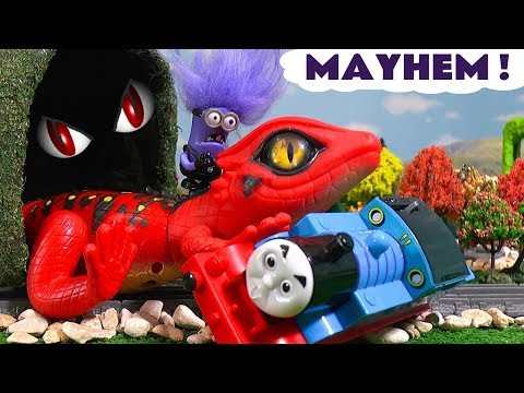 Minions Lizard Mayhem with Thomas and Friends Toy Trains Accident - Toy Story for Kids TT4U