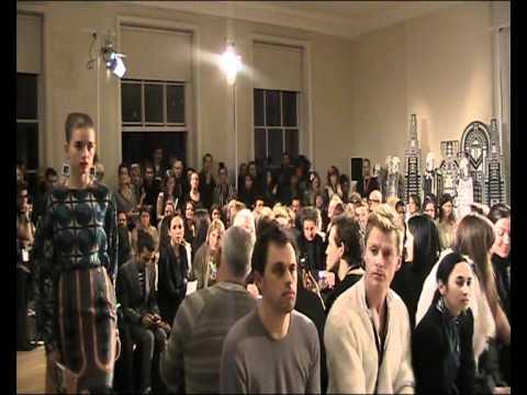 Holly Fulton Fashion Presentation www.paulatrendsets.com