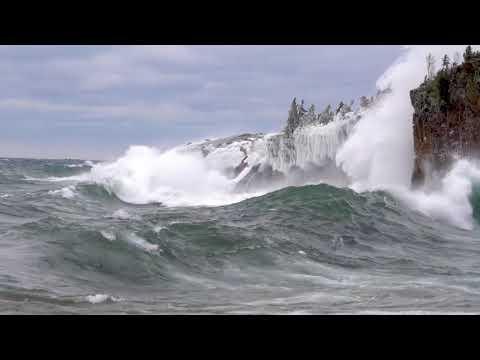 Lake Superior Wave Power