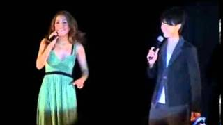 日期:2009-04-25 12:20:00 新浪娛樂訊日本歌手伊藤由奈在香港舉辦了迷...