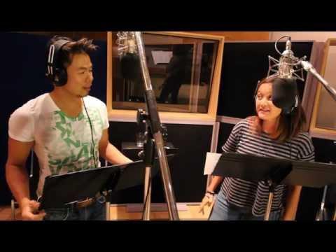 Relatively Good Looking Voice Actors Sing Disney's Frozen ( Love Is An Open Door )