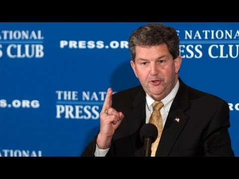 Postmaster General Patrick Donahoe speaks at National Press Club luncheon April 19, 2013