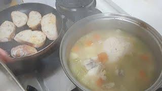 외국사람들이 아플때 아니면 겨울철에 먹는 음식 치킨 숲 먹방 Mukbang Chicken Soup